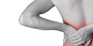 8 glavnih uzročnika bolova u leđima i rebrima