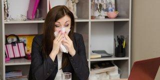 Začepljen nos – što ga uzrokuje i koji su najučinkovitiji lijekovi?