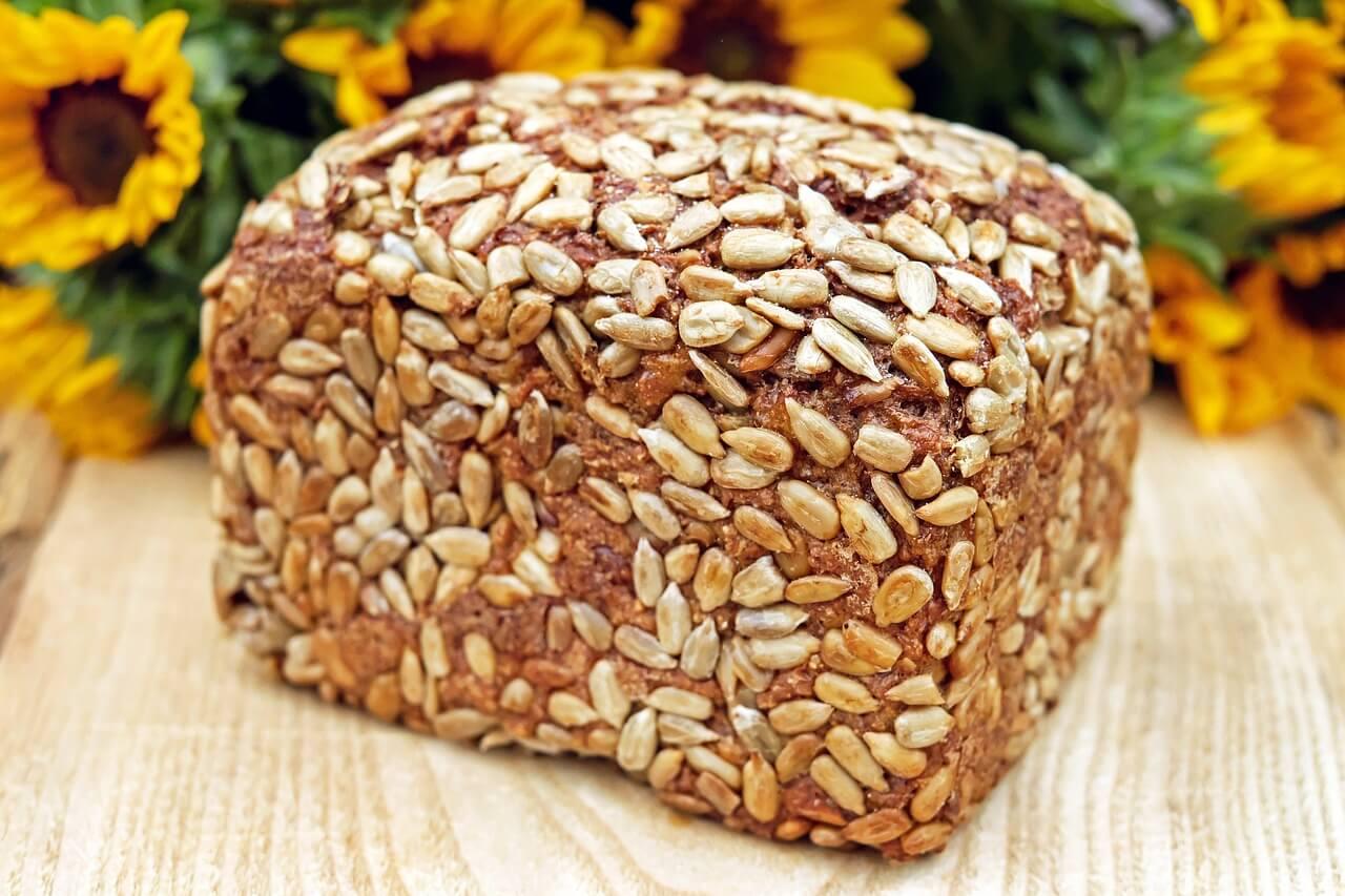 Cjelovite žitarice - kruh