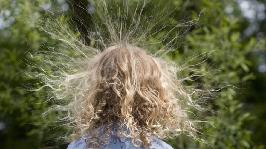 elektricitet u kosi