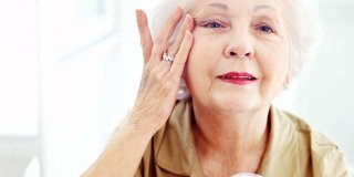 Zaustavite starenje kože uz prirodnu aromakozmetiku