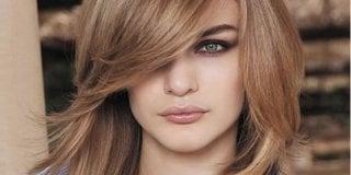 Stepenaste frizure za kratku i dugu kosu