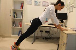 vježbe za ruke i ramena u uredu