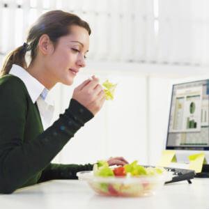 vegetarijanski-obrok-na-poslu