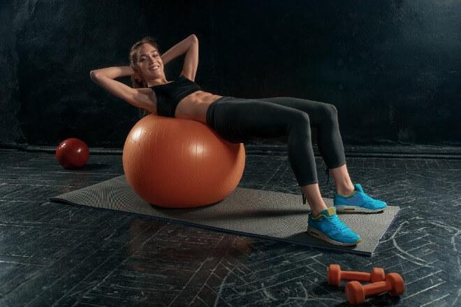 Vježbe-za-prsa-kod-kuće