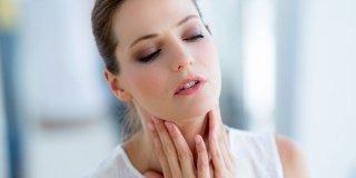 Promuklost i gubitak glasa – kako ih izliječiti prirodnim lijekovima?