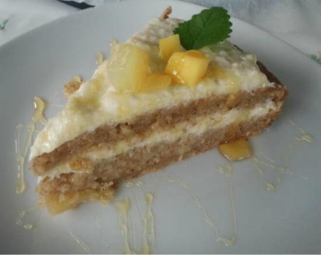 torta-od-banana-i-ananasa