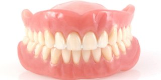 Sve što trebate znati o zubnim protezama