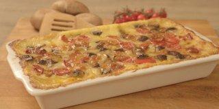 Video recept za palentu sa šampinjonima, paprikom i mini rajčicama