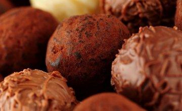 Zdrave-čokoladne-kuglice