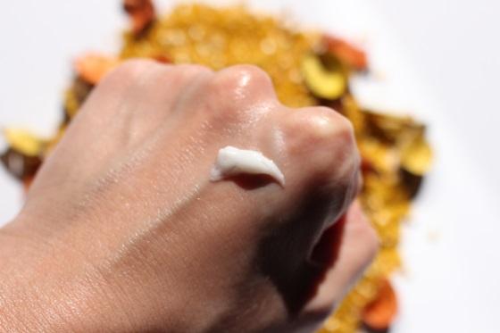 dr-organic-maticna-mlijec-krema-za-noge
