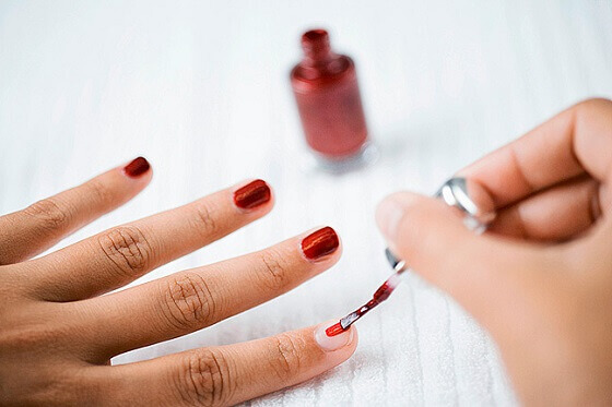 lakiranje-noktiju