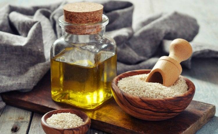 Sezamovo ulje – primjena i dobrobiti za njegu kože   Njega kose i frizure - Kreni zdravo!