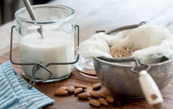 recept-za-bademovo-mlijeko