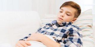 Bolovi u trbuhu kod djece – uzroci, simptomi, liječenje