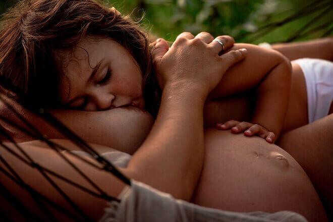 majka-doji-starije-dijete