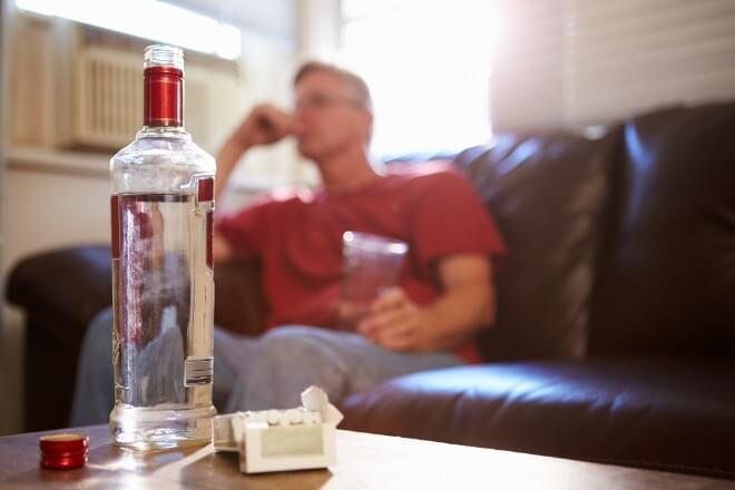 Patološka-ljubomora-i-alkoholizam