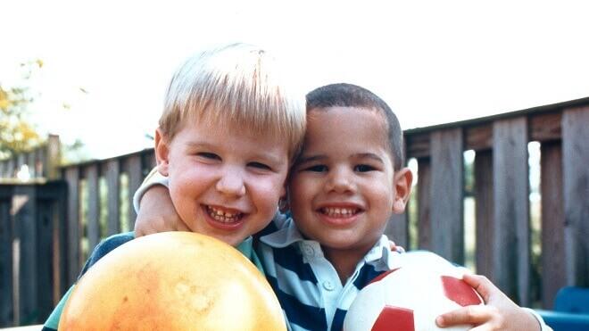 originalna-fotografija-dvojice-djecaka