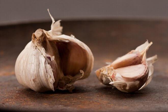 Prirodno liječenje češnjakom