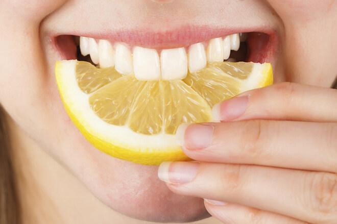 soda bikarbona i limun za zube