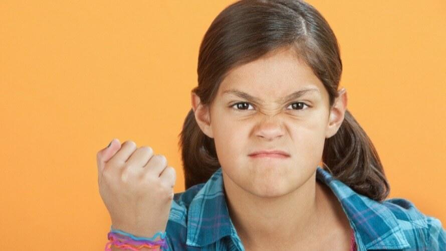 Agresivnost-djece-prema-roditeljima