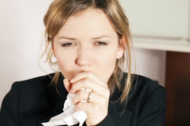 Kako-prepoznati-alergijski-kašalj