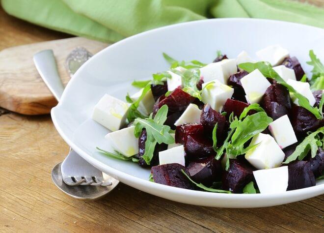 salata od cikle i feta sira