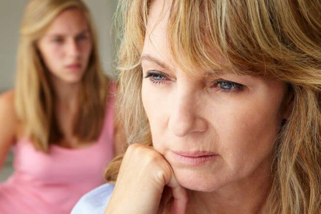 zabrinuta žena