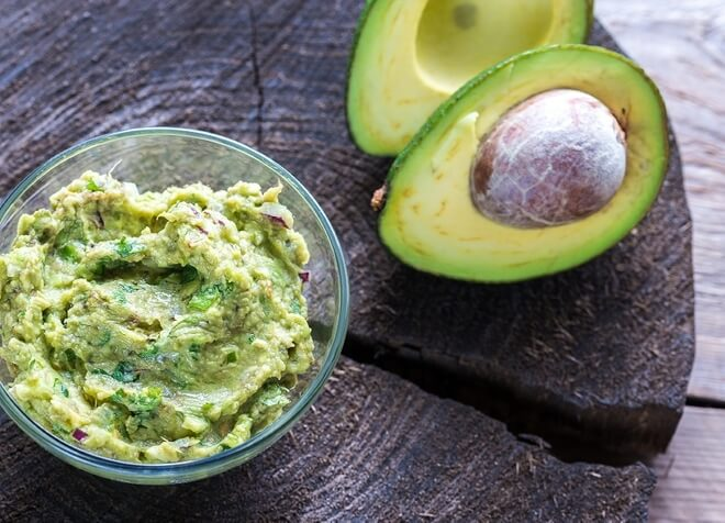 preljev za salatu od avokada