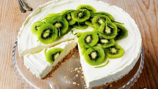 kolač od kivija bez pečenja