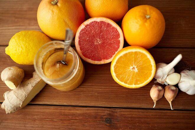 Đumbir, med, češnjak i limun