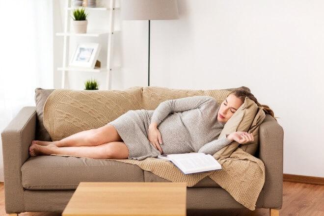 Stalno-spavanje-u-trudnoći
