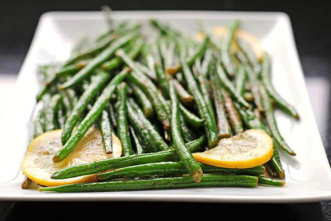 mahune salata češnjak