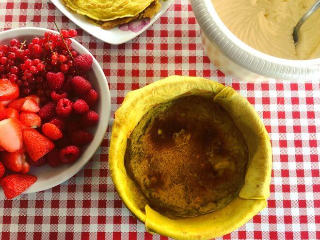 Torta od palačinki i voća