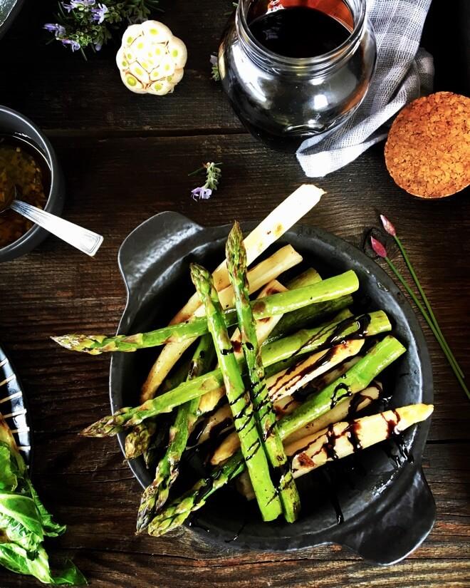 Kultivirane šparoge s roštilja