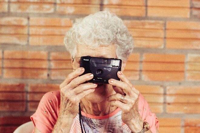 Starija-žena