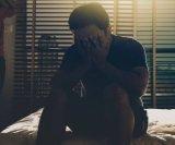 Postporođajna-depresija-kod-muškaraca
