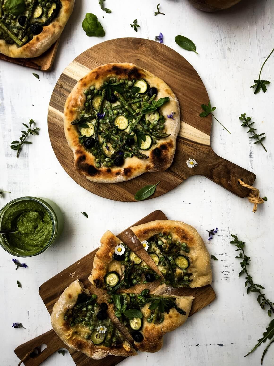 Pizza s pestom od blitve