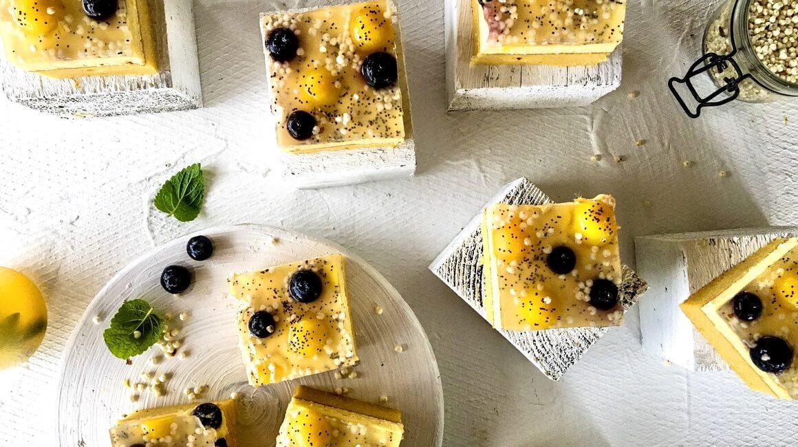 Žuti kolač s pudingom