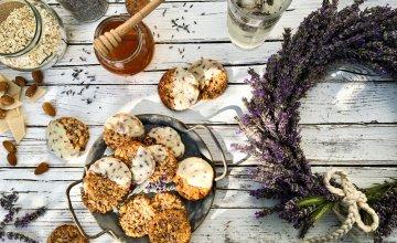 Keksići od badema i maslačkovog meda