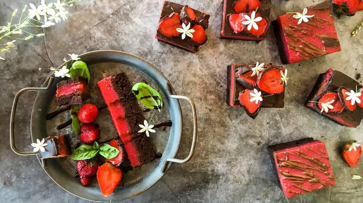 Kolač od jagoda i čokolade