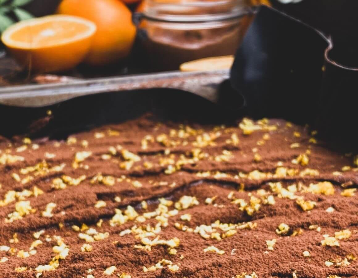 Gotov kolač od naranče