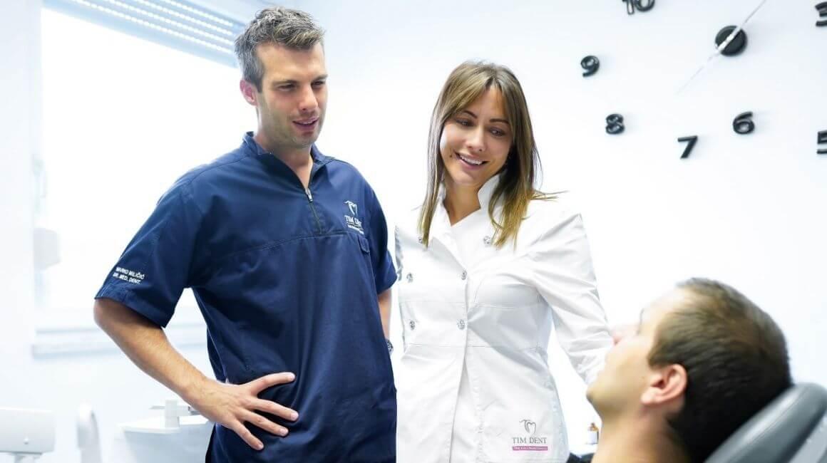 Stomatolozi Miličić s pacijentom