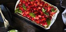 Predivan kolač od jagoda